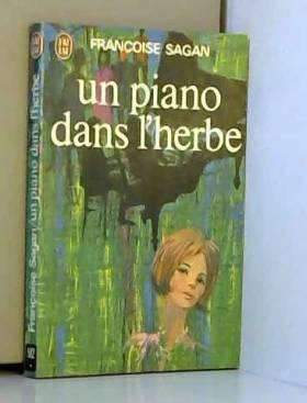Un piano dans l'herbe